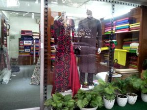 Ho Chi Minh - Traditional dress