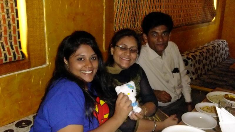India - Vipassana, Esha family