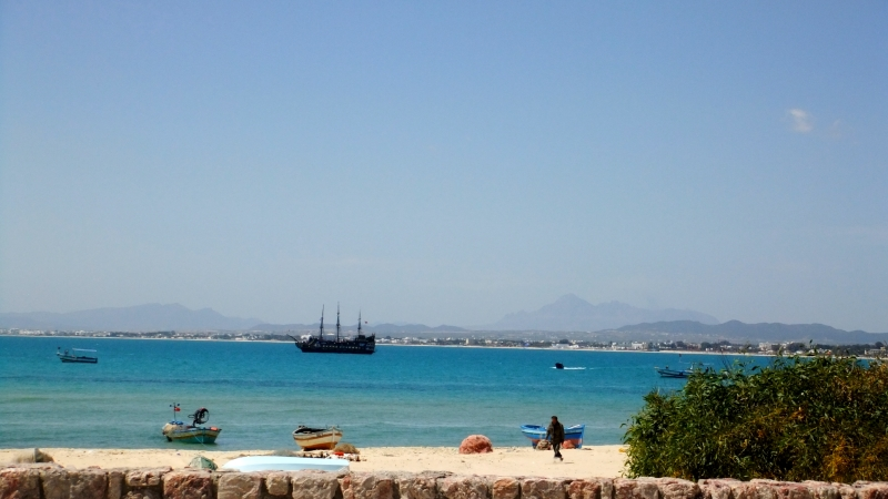 Tunis - Hammamet sea side
